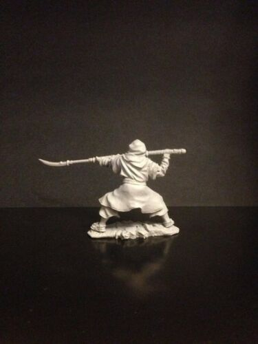 Resin figure 54 mm №554 Japanese monk in attack with naginata