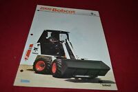 Bobcat 2000 Articulated Loader Dealers Brochure DCPA2