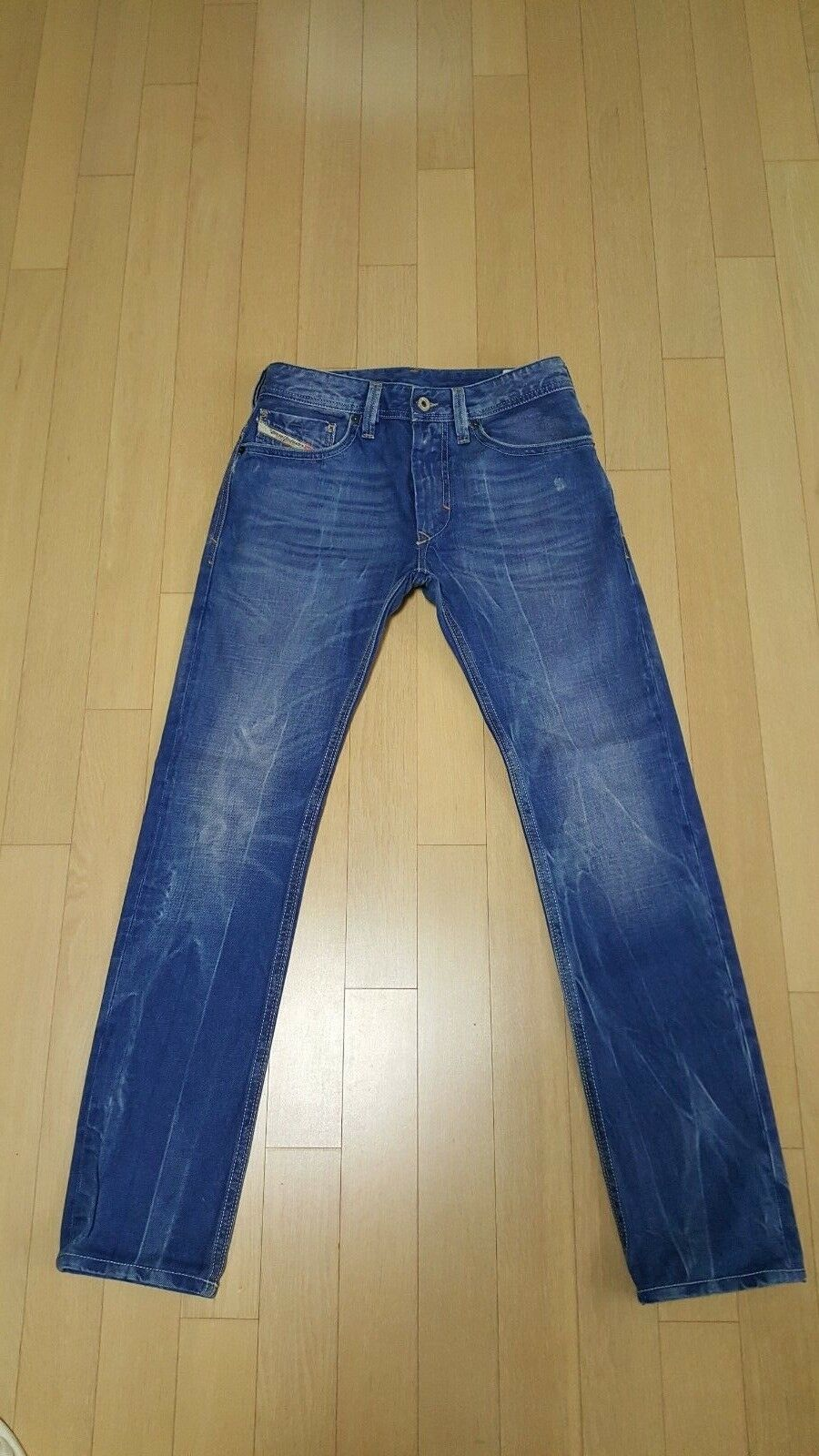 DIESEL THANAZ 8pi JEANS  Size 29  100% Authentic