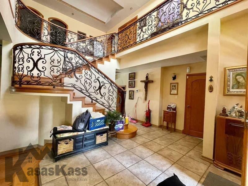 Casa en Venta en Calzada del Sol