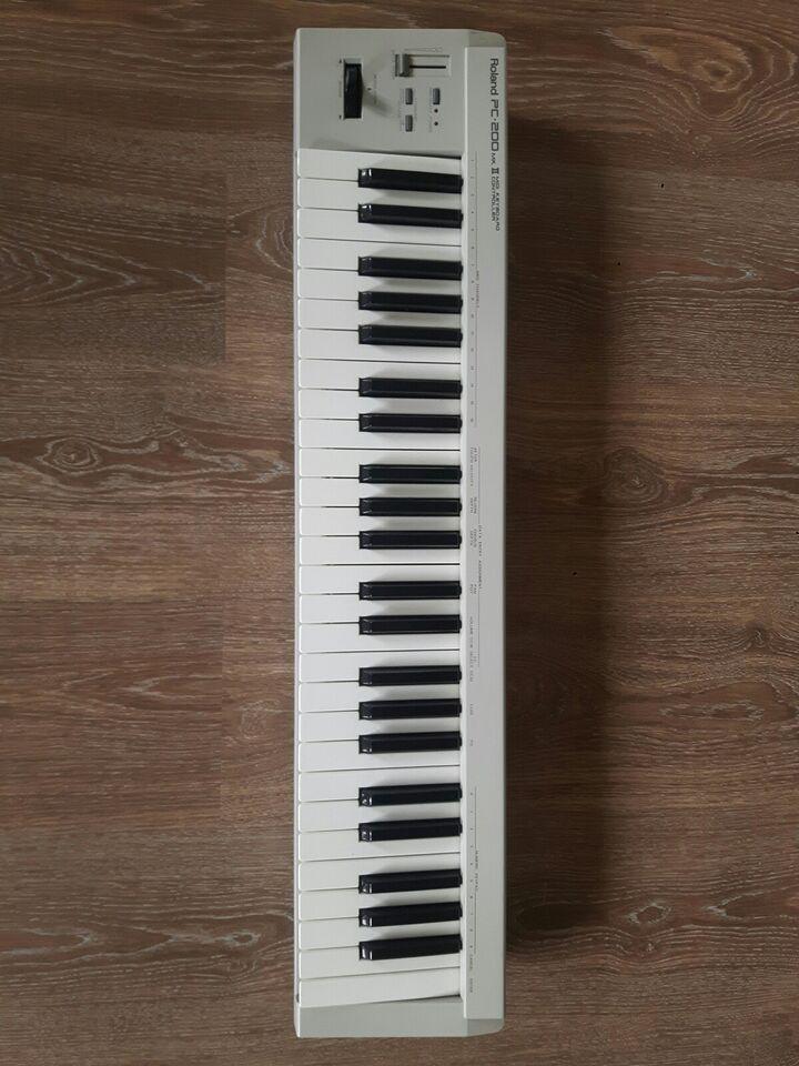 Midi keyboard, Roland PC-200 mkII