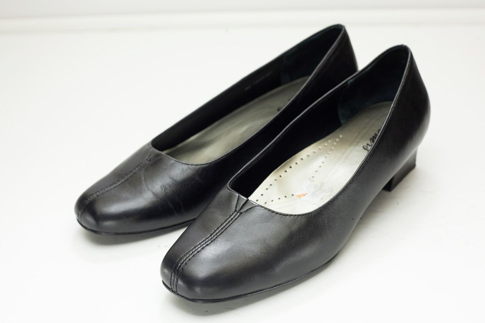 Tredters Doris Pump 9 Black Slip On shoes