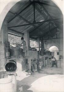 TONKIN-c-1935-Yen-Bay-Recolte-de-la-Resine-Usine-Indochine-NV-2696