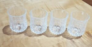 VINTAGE-SET-OF-FOUR-LEAD-CRYSTAL-CUT-GLASS-APERITIF-CORDIAL-SHOT-GLASSES