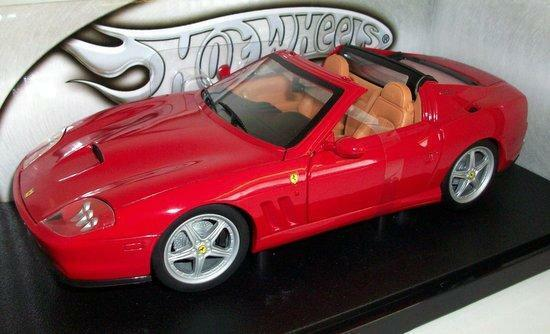 1  18 Hot Wtalons rouge Ferrari Superamerica Super America Item   P4396  bon shopping