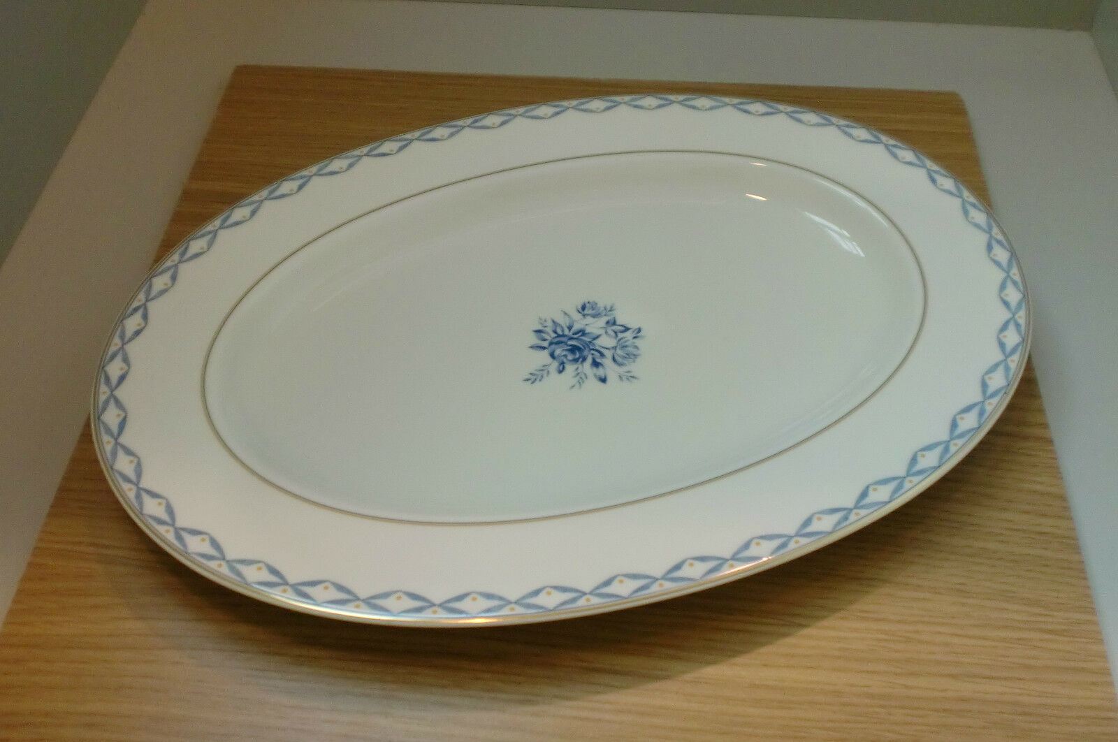 Hutschenreuther Hutschenreuther Hutschenreuther Blau Romance Platte oval 39 cm acd448