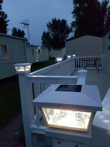 """GLASS SOLAR POST LIGHTS IDEAL FOR STATIC CARAVAN DECKING AS WILL FIT A 5/"""" /& 4/"""""""