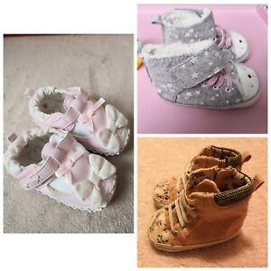 Alerte Baby Girl Livraison Spéciale F&f Matalan Hiver Chaussons Pour Bébé Chaussures Taille 12-18 M-afficher Le Titre D'origine