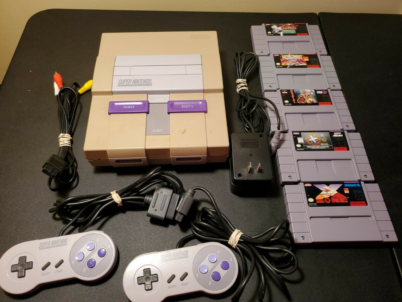 Super Nintendo SNES w/ 2 Controllers and 5 Games Tested and Fast Shipping  on eBay thumbnail