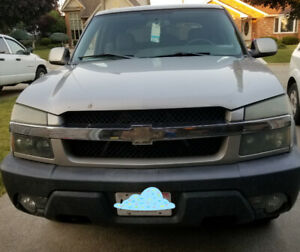 2004 Chevy Avalanche RWD