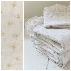 SIMPLY SHABBY CHIC PINK GREEN ROSES PETITE BELL FLORAL RUFFLED TWIN FLAT SHEET