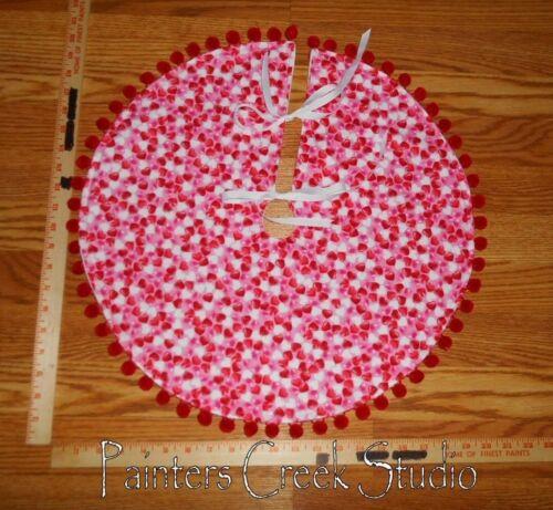 """Valentine/'s Day LOTS OF HEARTS Mini Tree Skirt 20/""""dia Heart"""
