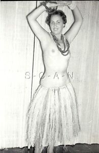 hula-dancing-nude-ebony-video-bass
