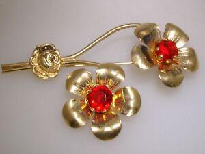 LOVELY-VINTAGE-1940-039-S-ERA-RETRO-GOLD-PLTD-RED-RHINESTONE-FLOWER-PIN