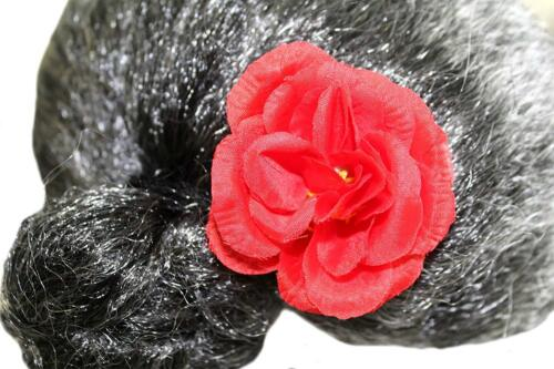 Oma Perücke graumeliert Haarknoten mit roter Rose Perücke-Omi  Dutt 123530813F