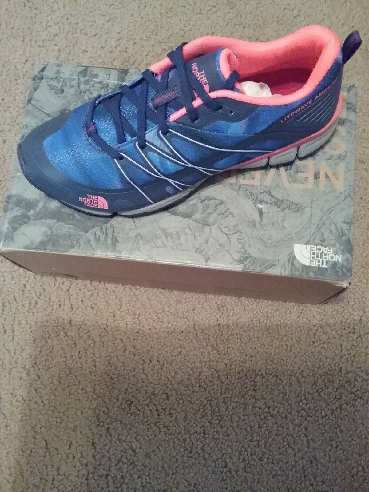The North Face Women's Litewave Ampere Trainer shoes,Size 9.5 NEW MSRP 90.00