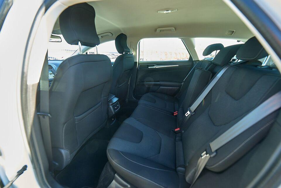 Ford Mondeo 2,0 TDCi 180 Titanium stc. aut. Diesel aut.