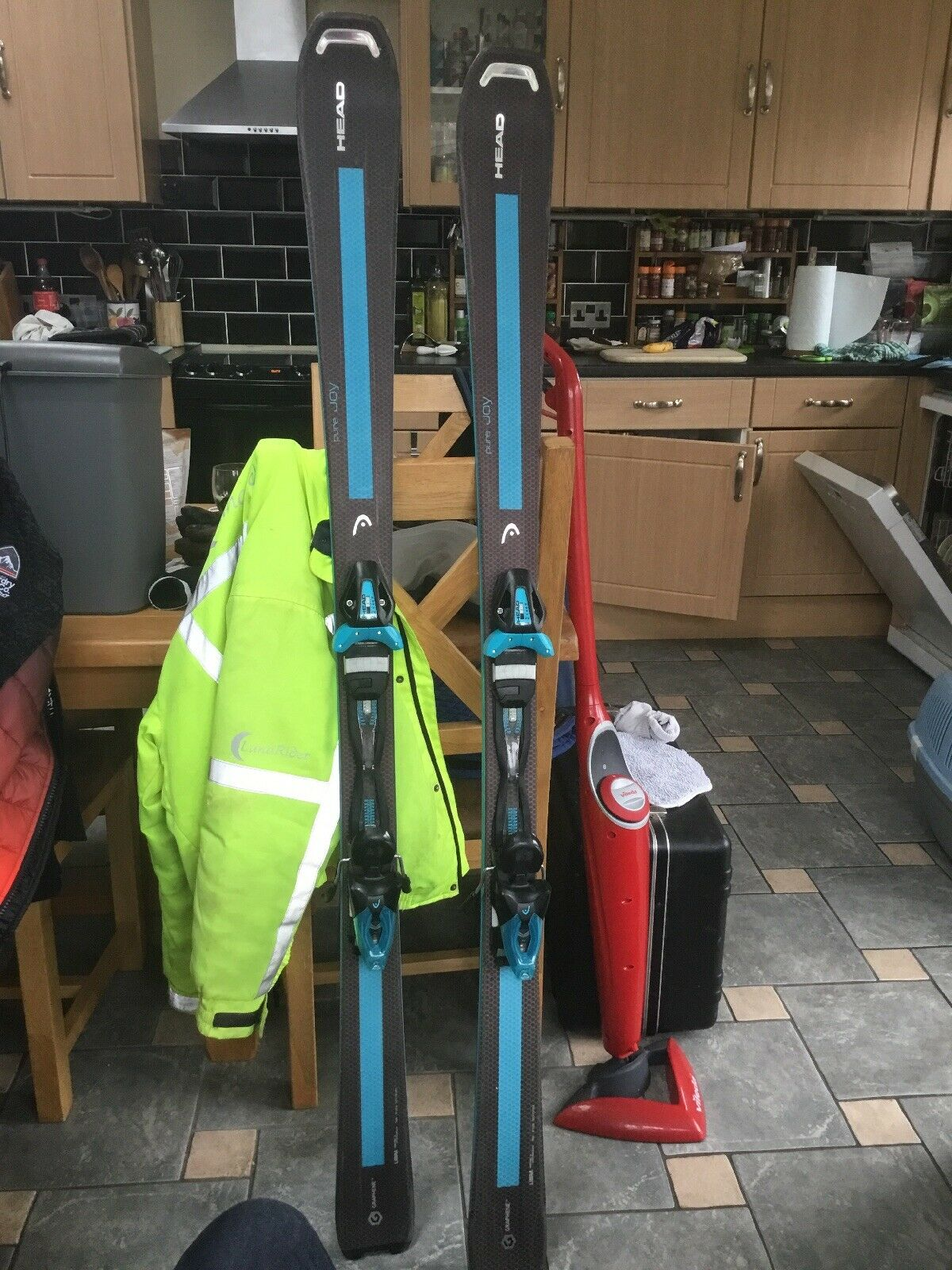 Head Pure Joy Skis & Joy 9 Bindings -158cm