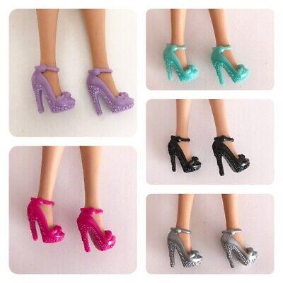 5 Pares De Zapatos Barbie, Barbie Shoes Per Godere Di Alta Reputazione A Casa E All'Estero