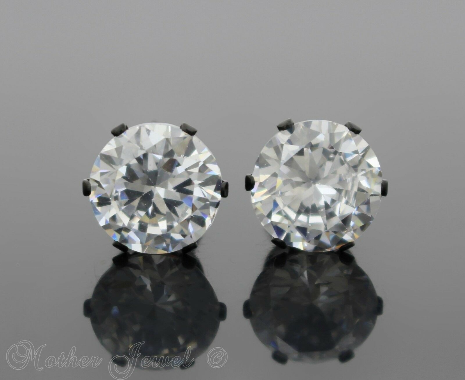 4MM ROUND SIMULATED DIAMOND SILVER SURGICAL STEEL STUD MENS WOMENS EARRINGS