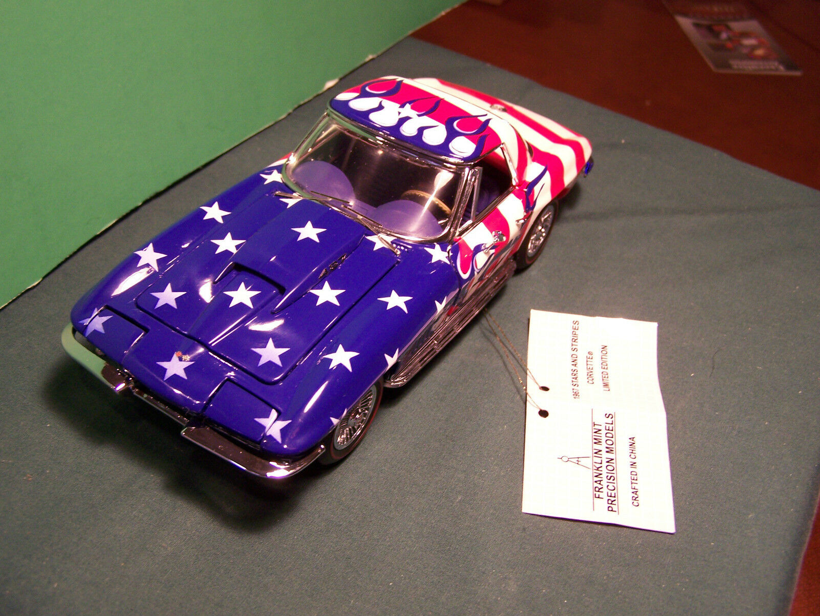 NEW IN BOX FRANKLIN MINT 1967 1967 1967 CHEVROLET CORVETTE CONgreenIBLE STARS & STRIPES 815ee9