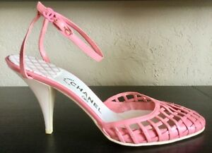 19ef599acb Chanel $950 CC Pink Blush Leather Woven Cage Closed Toe Heels SZ 40 ...