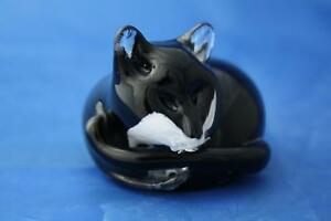 LANGHAM-GLASS-HAND-MADE-SMALL-CRYSTAL-BLACK-AND-WHITE-CAT-AT-REST-NEW-BOXED