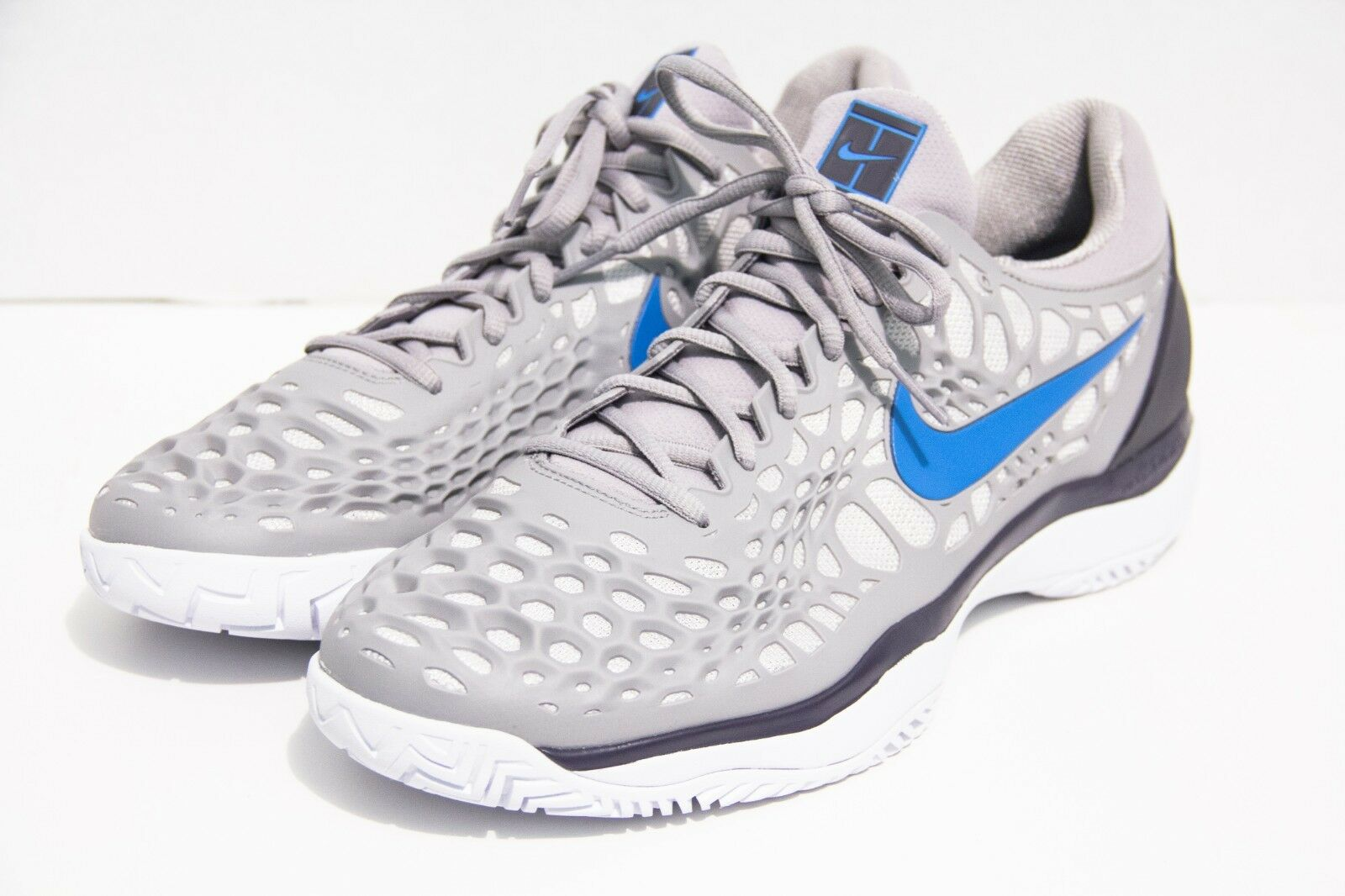 Nike Men's Air Zoom Cage 3 Size 12 Grey bluee Tennis shoes Hard Court 918193-049