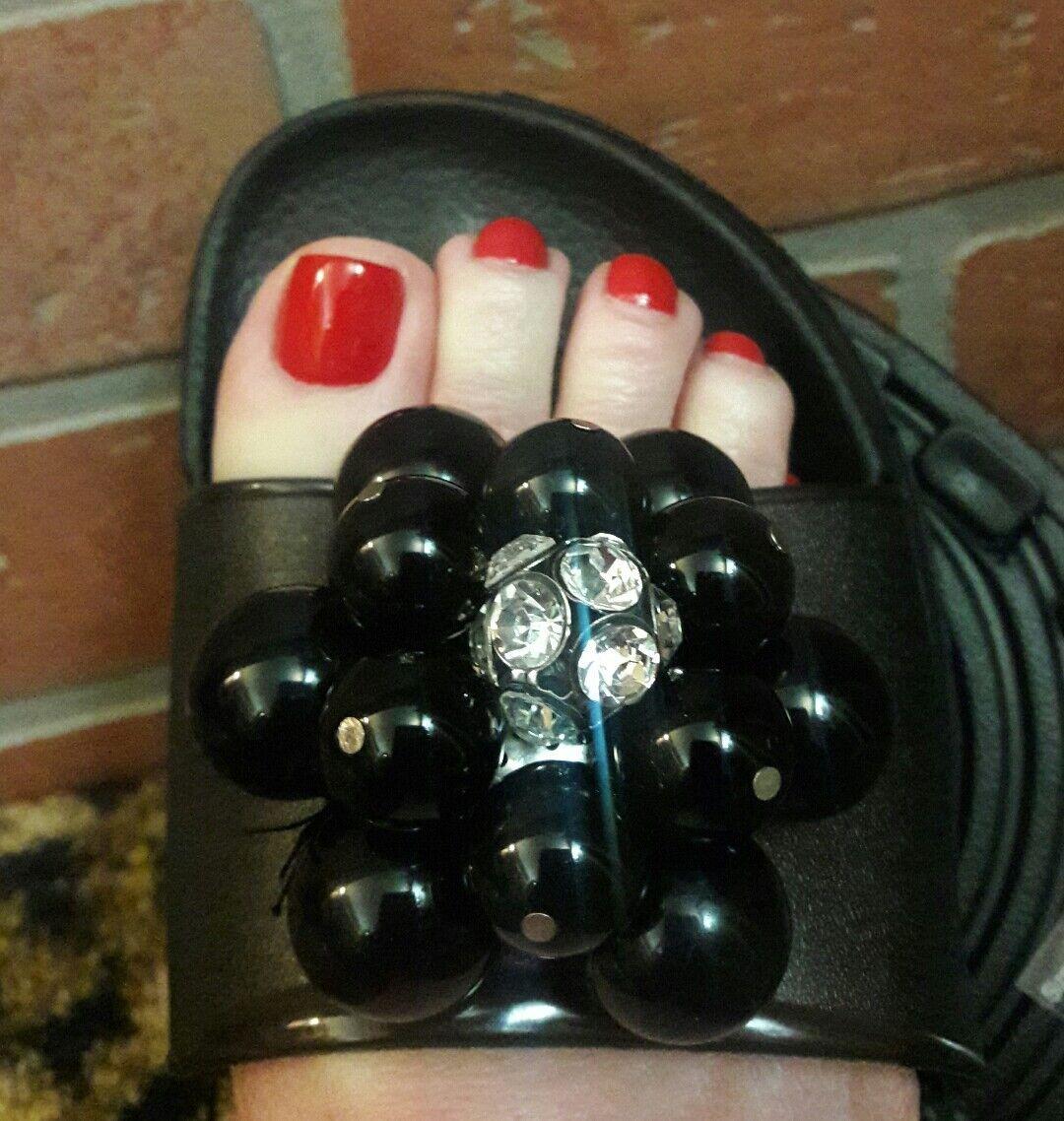 MISS TRISH OF CAPRI Black Rhinestone Womens Sandals 6 Flip Flops Beaded Shoes 6 Sandals M b50618