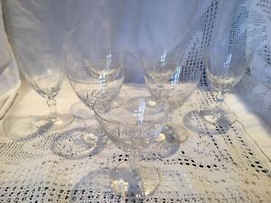 7-Good-Quality-VINTAGE-Cut-Glass-Glasses-For-Sherry-Port-Or-Liqueur