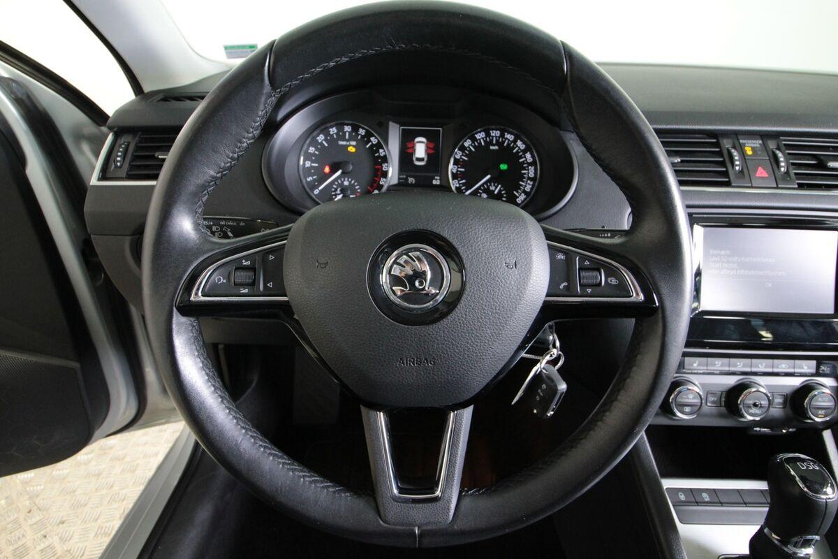 Skoda Octavia 1,6 TDi 110 Style Combi DSG Van