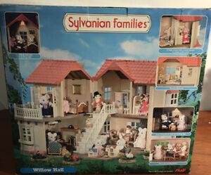 Sylvanian-Families-Willow-Hall-2005