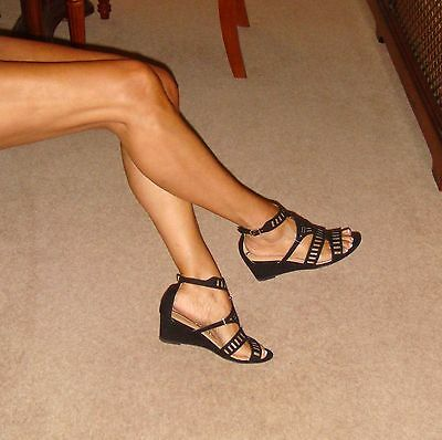 Papaya Shoes Size 4 Black Velvet-Feel Strappy Low Wedge Sandals/Heels Worn Once