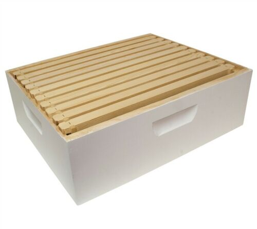Harvest Lane Honey WWBCM-102 Medium Honey Super Box w//10 Frames /& Foundations