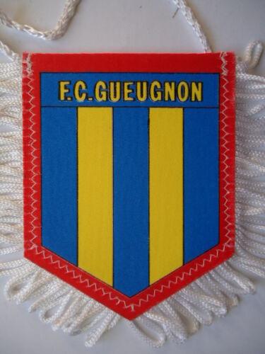 Gueugnon # 8 x 10 cm Wimpel Pennant F.C