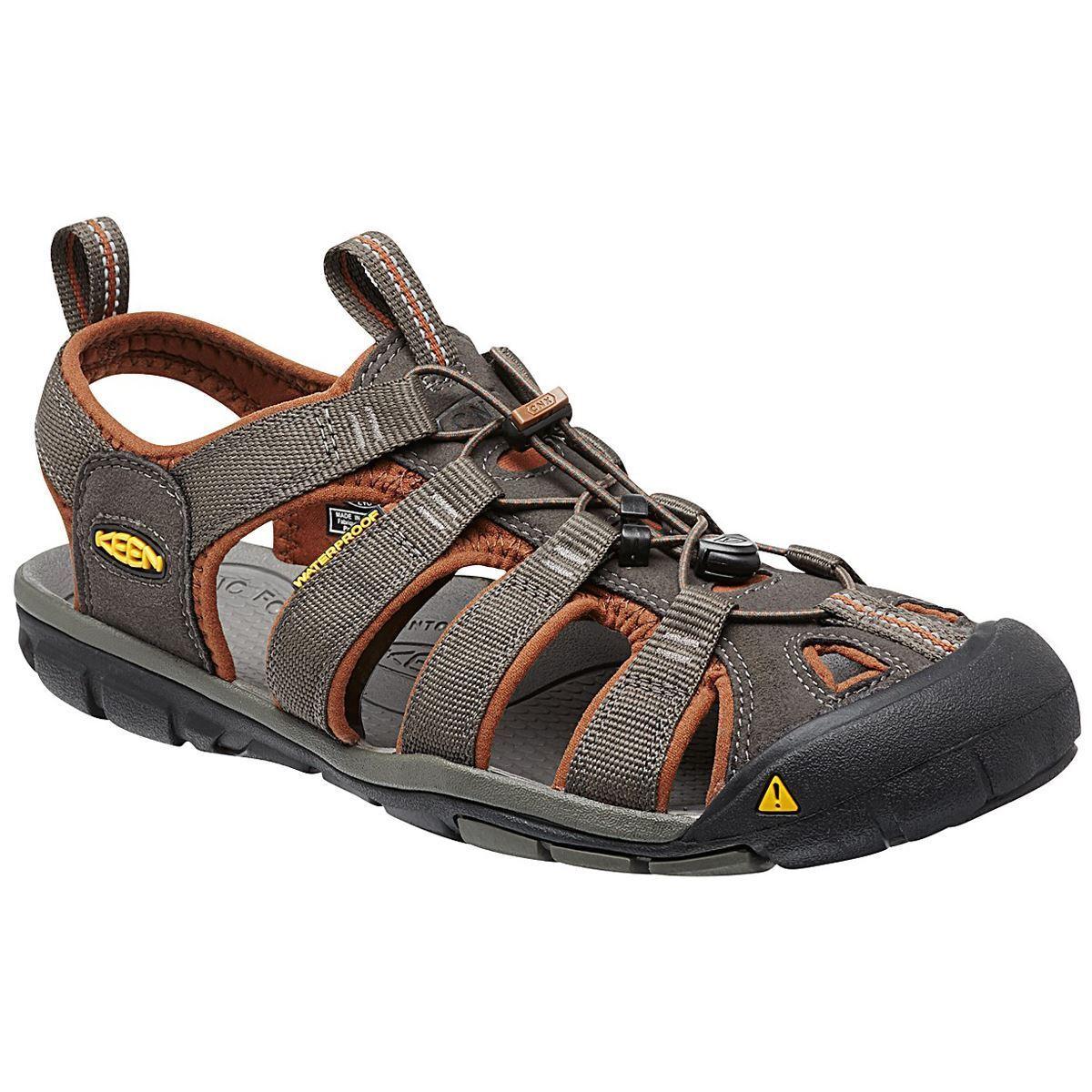 Keen Clearwater CNX marrón mens Comfort outdoor Sandals