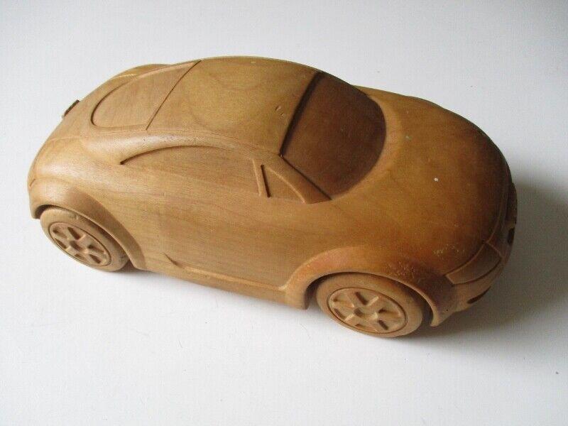 Modello IN LEGNO MODELLO DI AUTO AUDI TT Bernardi Willi St. Ulrich ITALY 24 cm