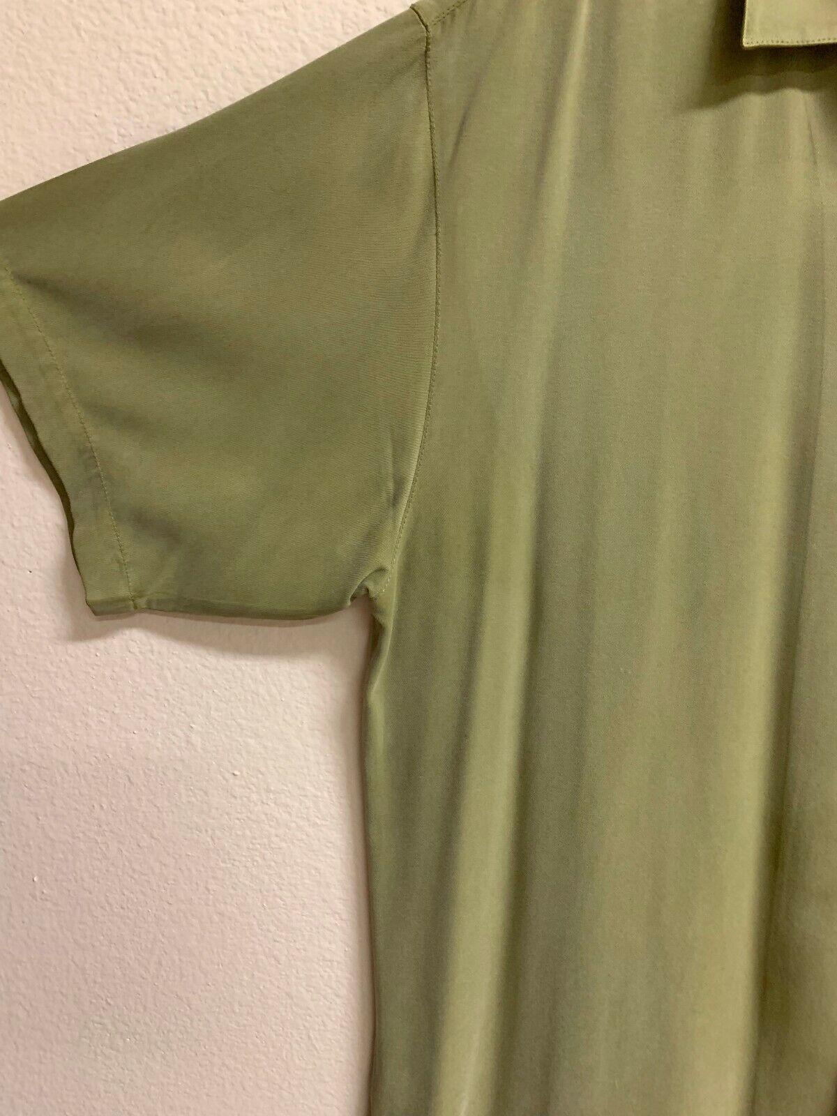 Green Tommy Bahama 100% Silk Shirt - image 3