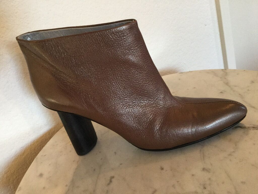 Martha Davis Brown Leather Pointy Toe Wood Heel Topy Sole Ankle BootieUS Wm Sz9M
