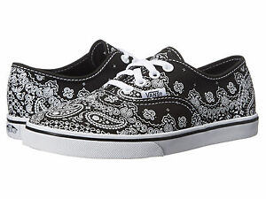 37a7af1a42d138 NIB Vans Kids Authentic Lo Pro Black White Bandana Print Lace up ...