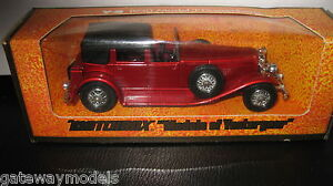 EARLY-MATCHBOX-YESTERYEARS-Y-4-1930-MODEL-J-DUESENBERG-RED-MADE-IN-ENGLAND