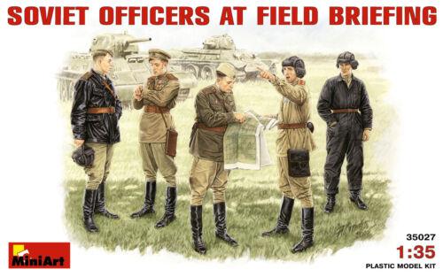 MINIART #35027 WWII Soviet Officers at Field Briefing Figuren in 1:35