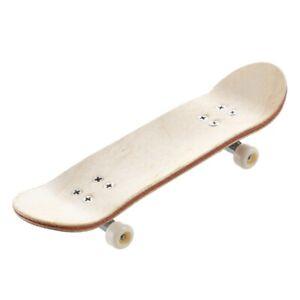 HT00640-Wooden-Finger-Skate-Board-Screwdriver-Random-Pattern-M5K7