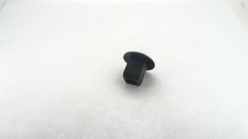 LAND ROVER ENGINE HEADLIGHT BATTERY COVER TRIM THREADED FIT SQUARE HOLE RETAINER