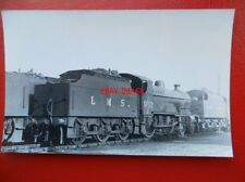 PHOTO  LMS EX MIDLAND 4-4-0 COMPOUND LOCO NO 932 AT HOLBECK 3/10/48