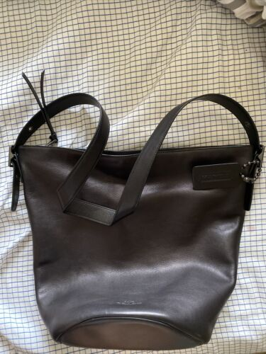 coach bucket bag black