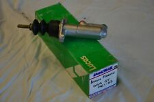 ASTON MARTIN DB5 DB6 AND DBS 1963  TO  1971 NEW CLUTCH MASTER CYLINDER C906