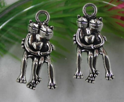 Free shipping 20//40pcs Retro style lovely frog alloy charms Pendants