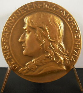 Medaille-Denis-Papin-s-Daniel-Dupuis-a-Marie-Marthe-Antoine-Industrie-des-metaux