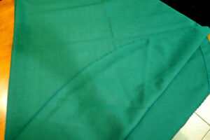 Vintage-Beautiful-Christmas-Tree-Green-Oval-Tablecloth-100-034-x-60-034